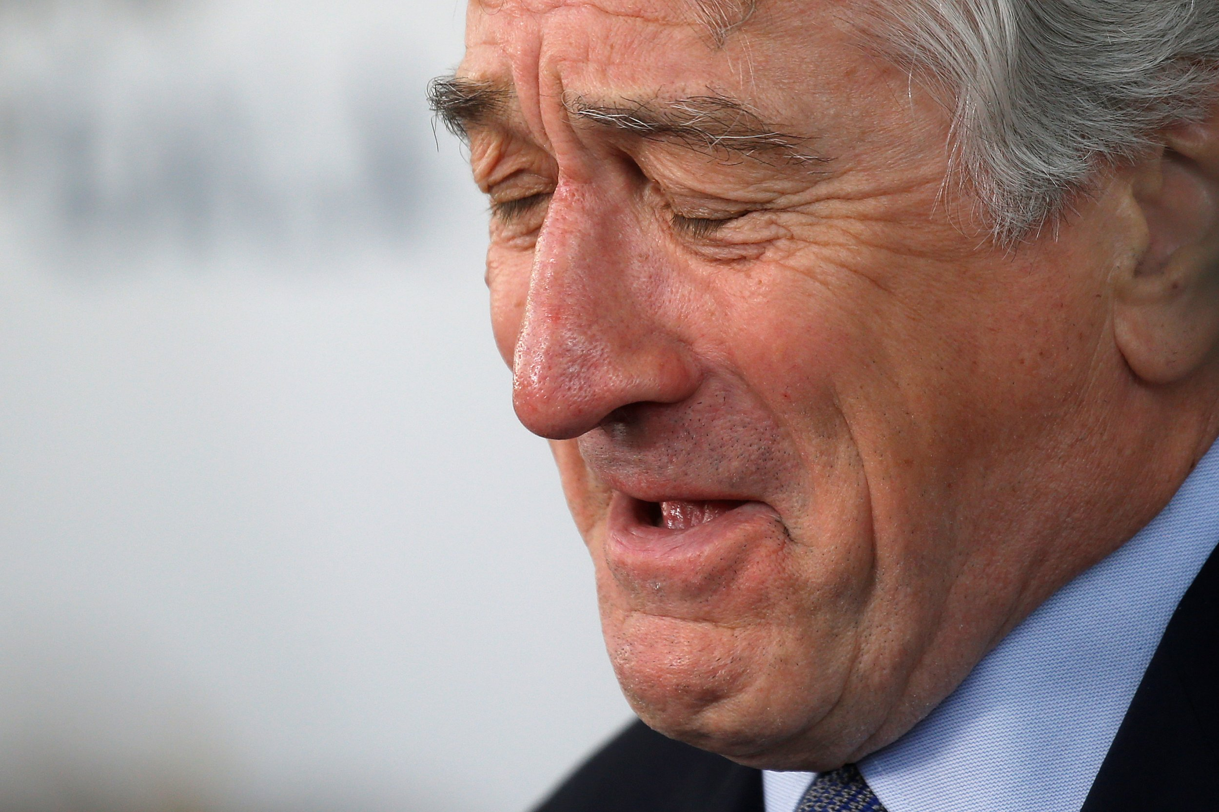 Robert De Niro Calls Trump 'Baby-in-Chief' And 'Fucking ...