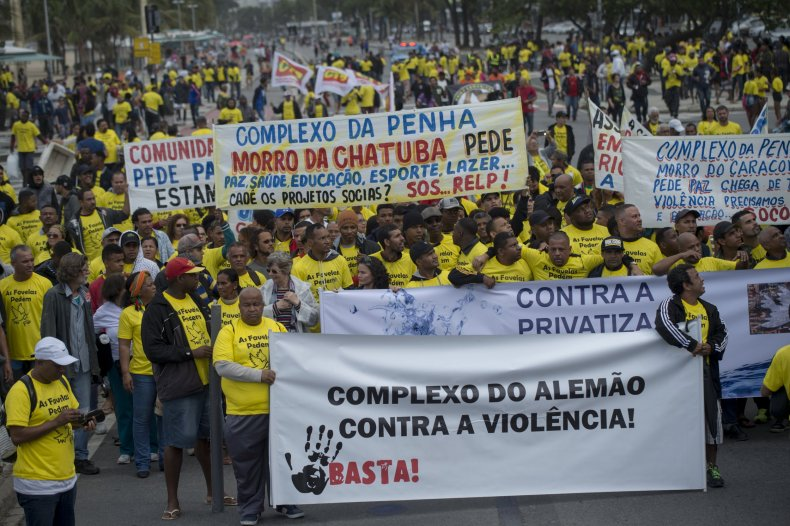 Favelas protests 3
