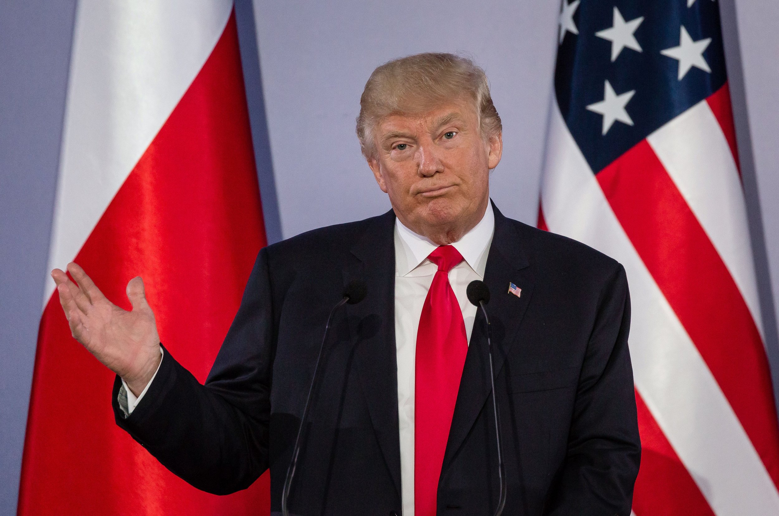 trump poland press conference