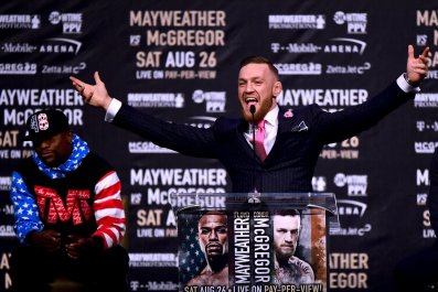 Conor McGregor, right, and Floyd Mayweather, Jr.