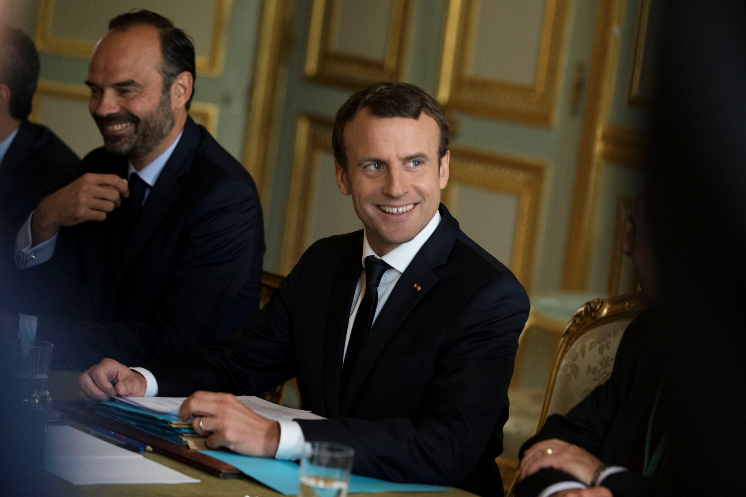 Donald trump in france what emmanuel macron and the - Define executive office of the president ...