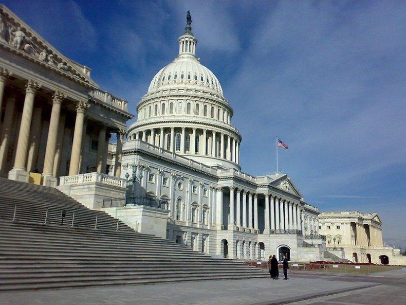 800px-US_Congress_02