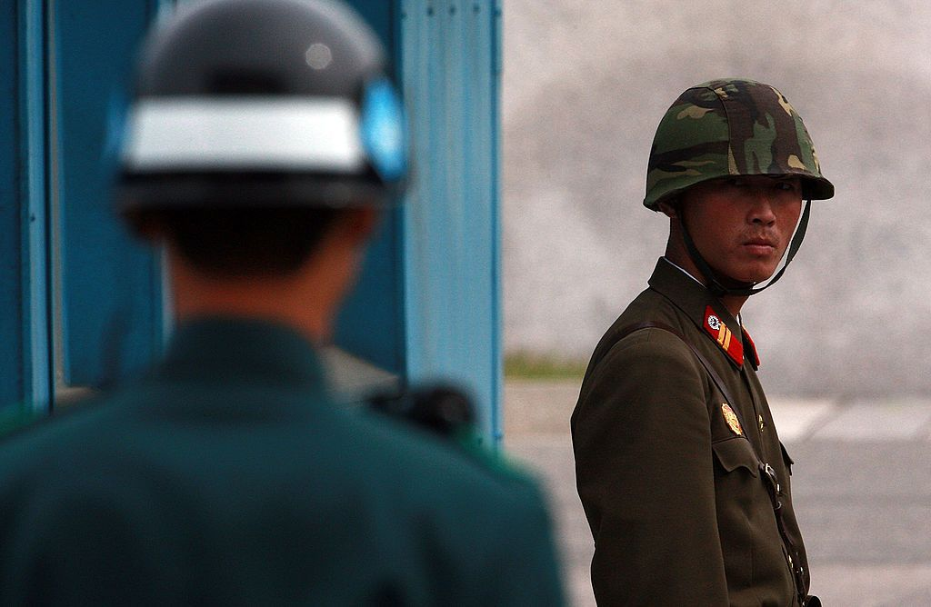 North Korean and South Korean soldiers