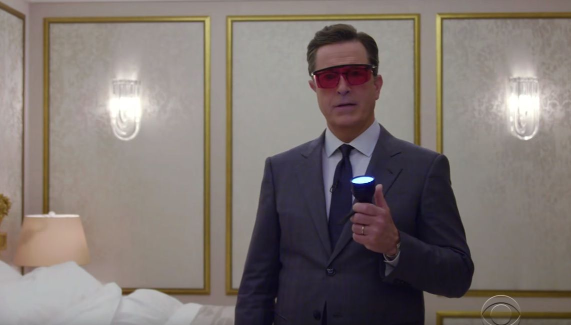 Stephen Colbert investigates Trump hotel room in Moscow