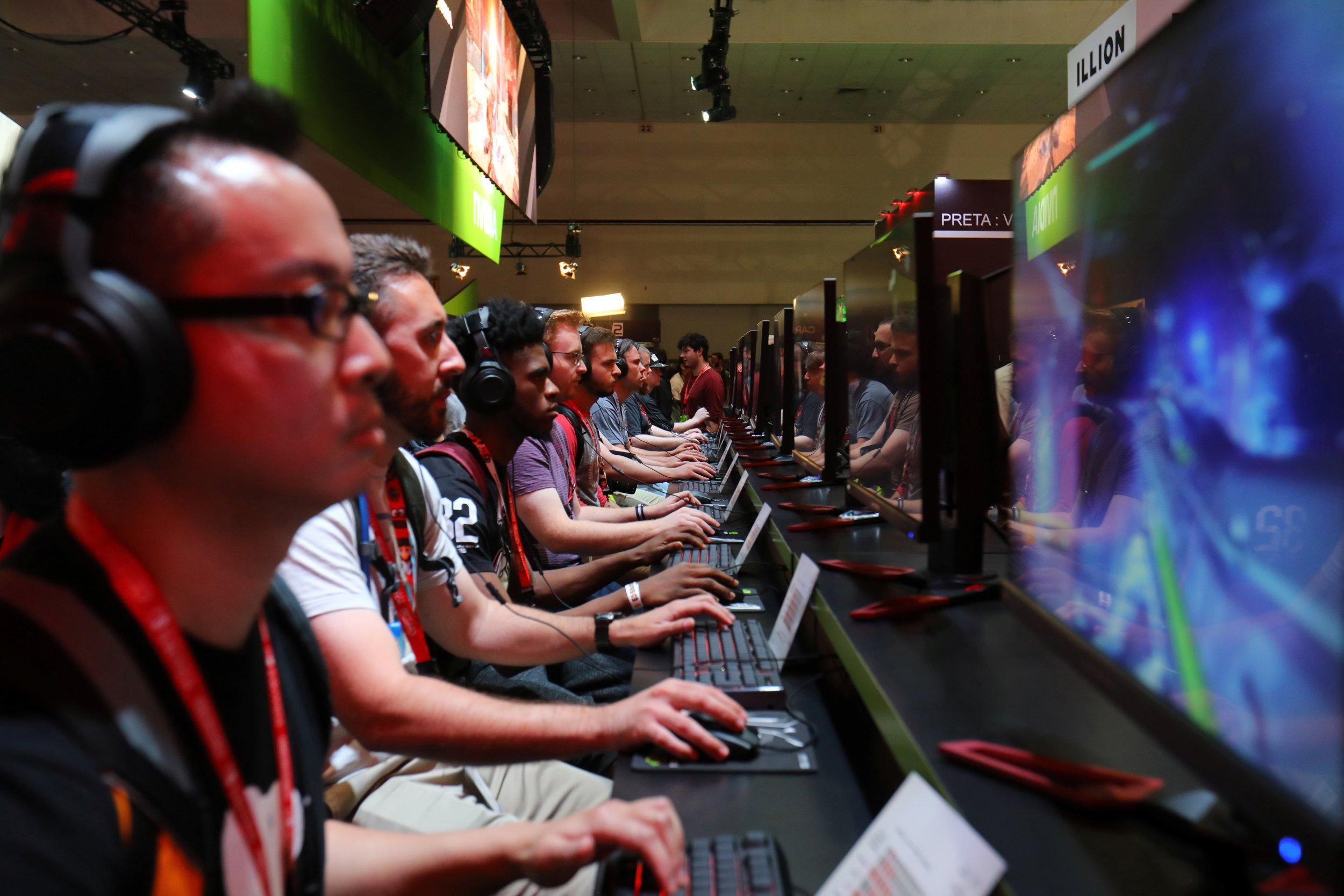0726_video__games_stress_01