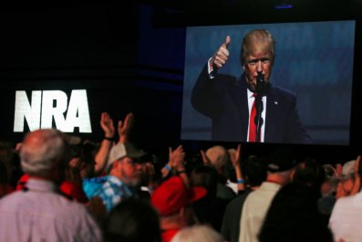 0728_Chrix_Cox_NRA_Trump_01