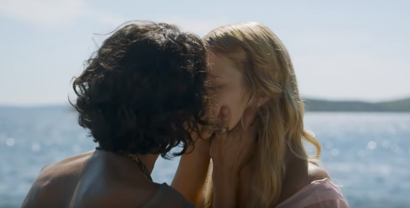 Ellaria kisses Myrcella