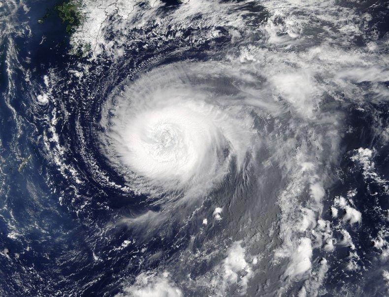 8-3-17 Typhoon Noru satellite