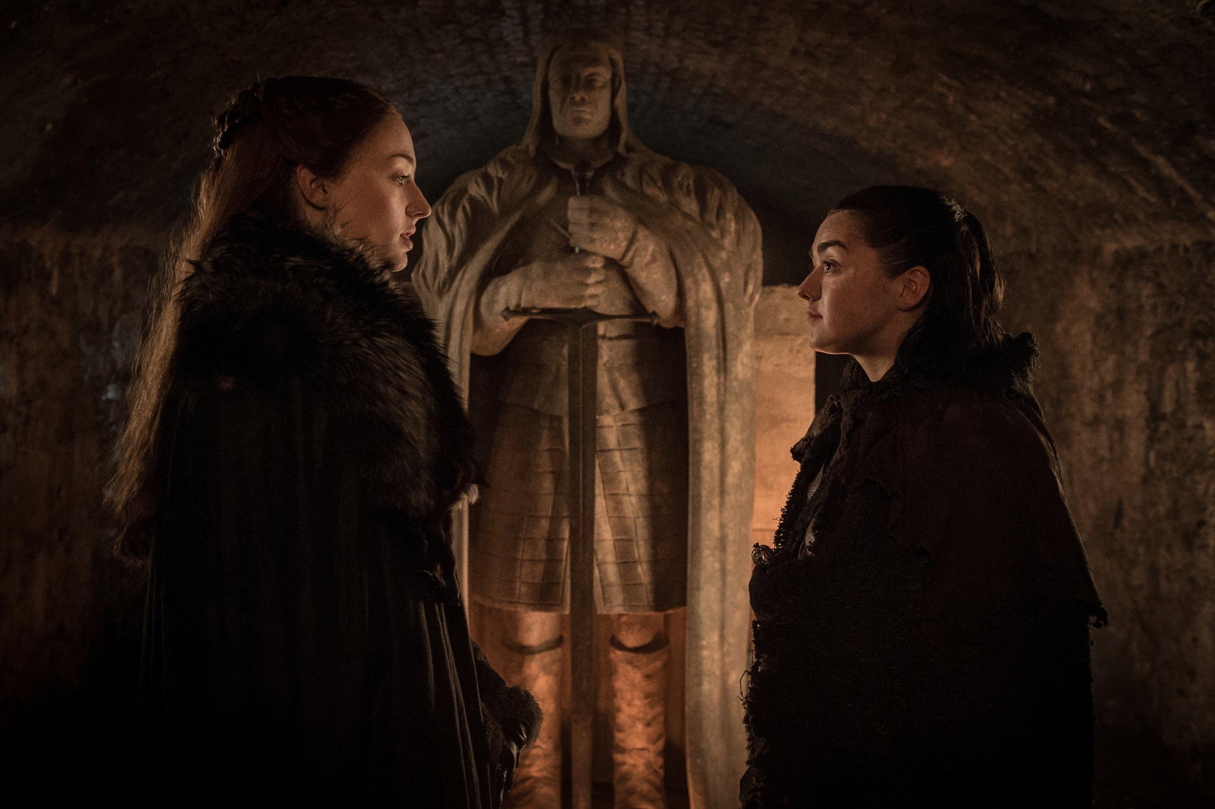 Arya and Sansa reunited