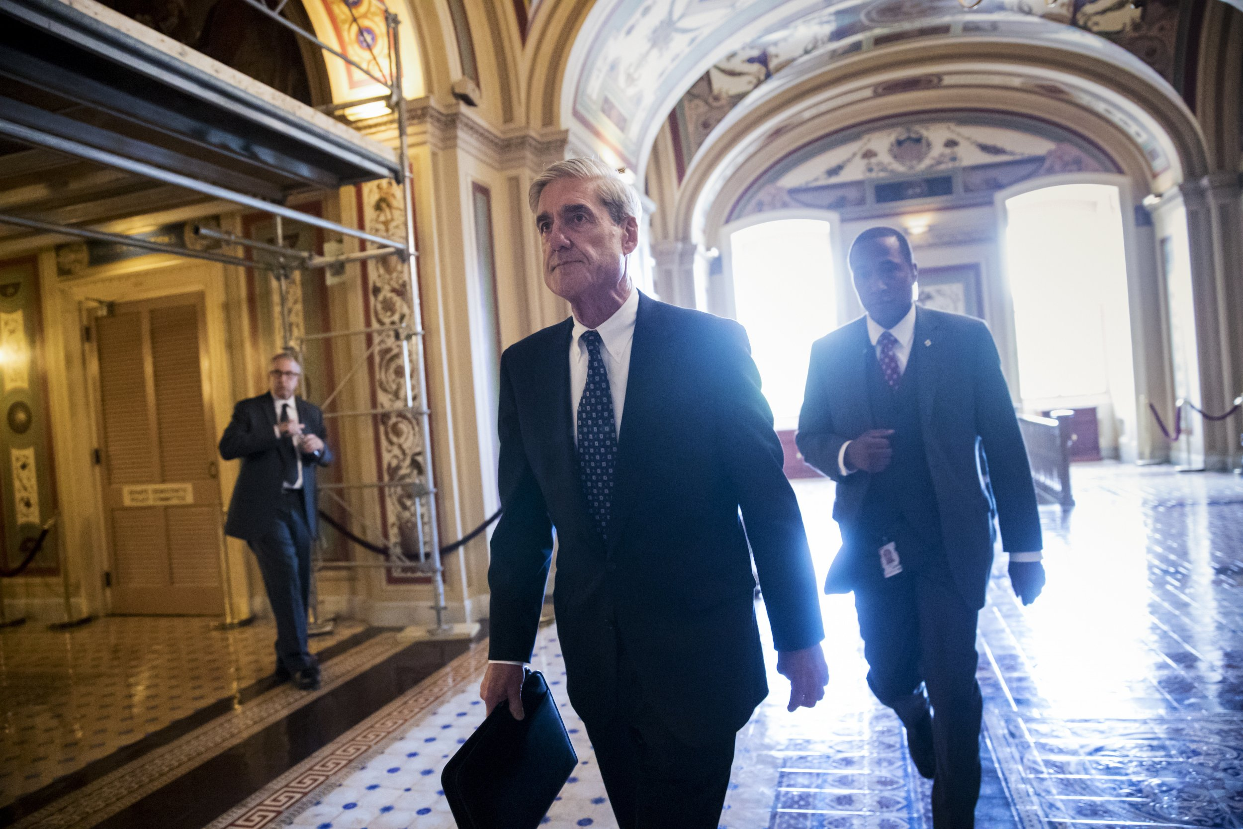 What does Mueller have to legally prove with the Trump-Russia probe?