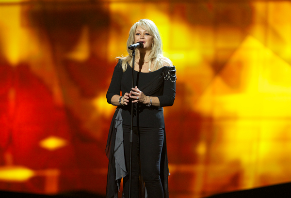 Bonnie Tyler will perform her hit song, 'Total Eclipse of the Heart,' during the total solar eclipse
