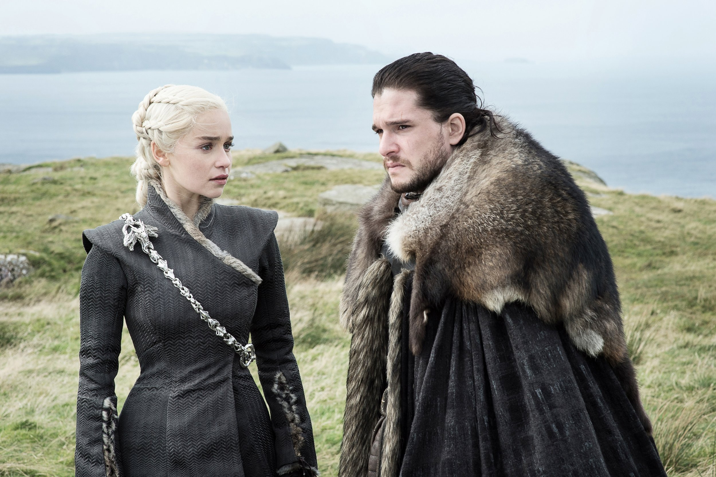 Game of Thrones incest? Jon Snow and Daenerys