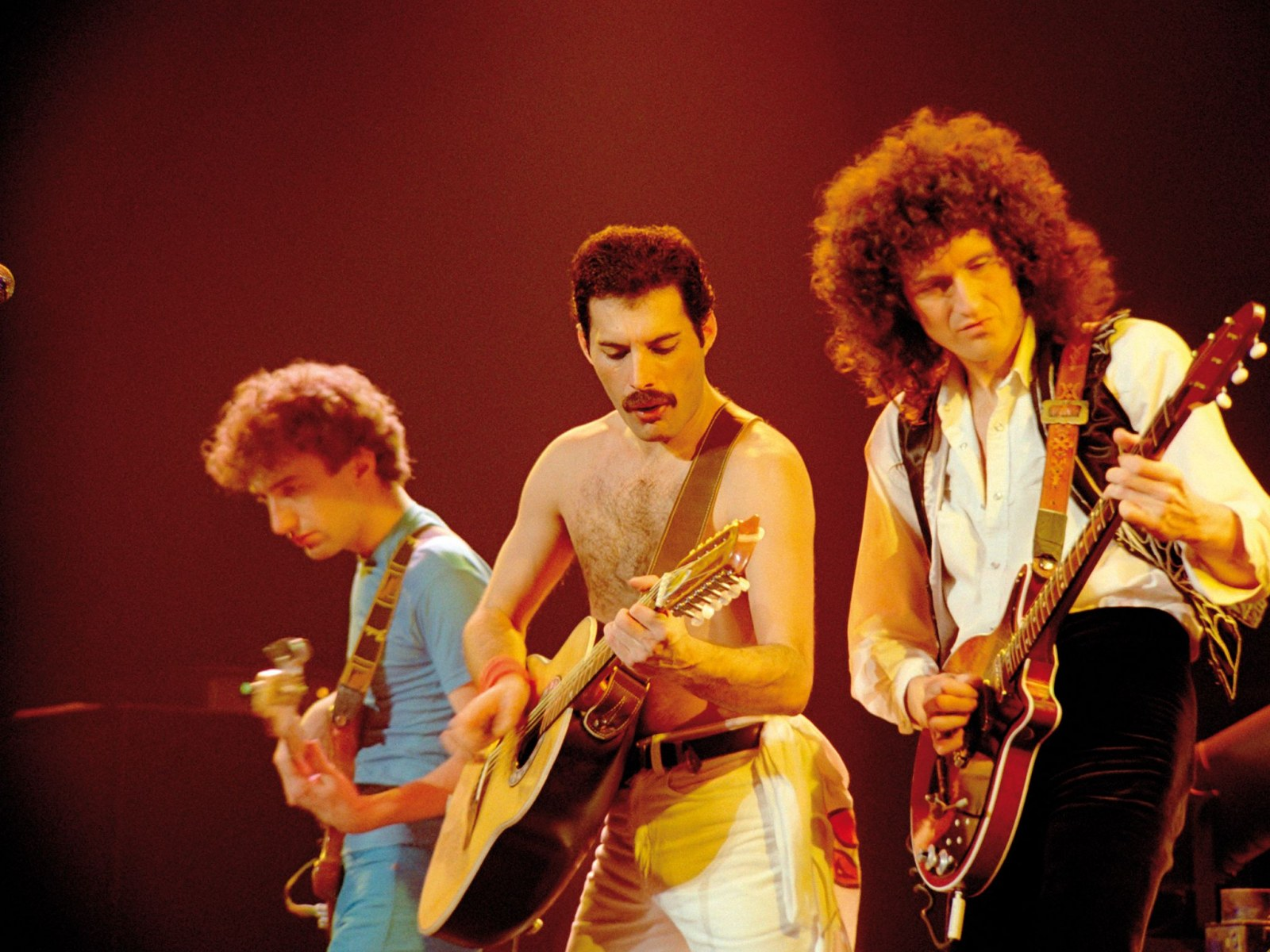 Queen's Brian May Will Rock You With 3-D book, Adam Lambert Tour