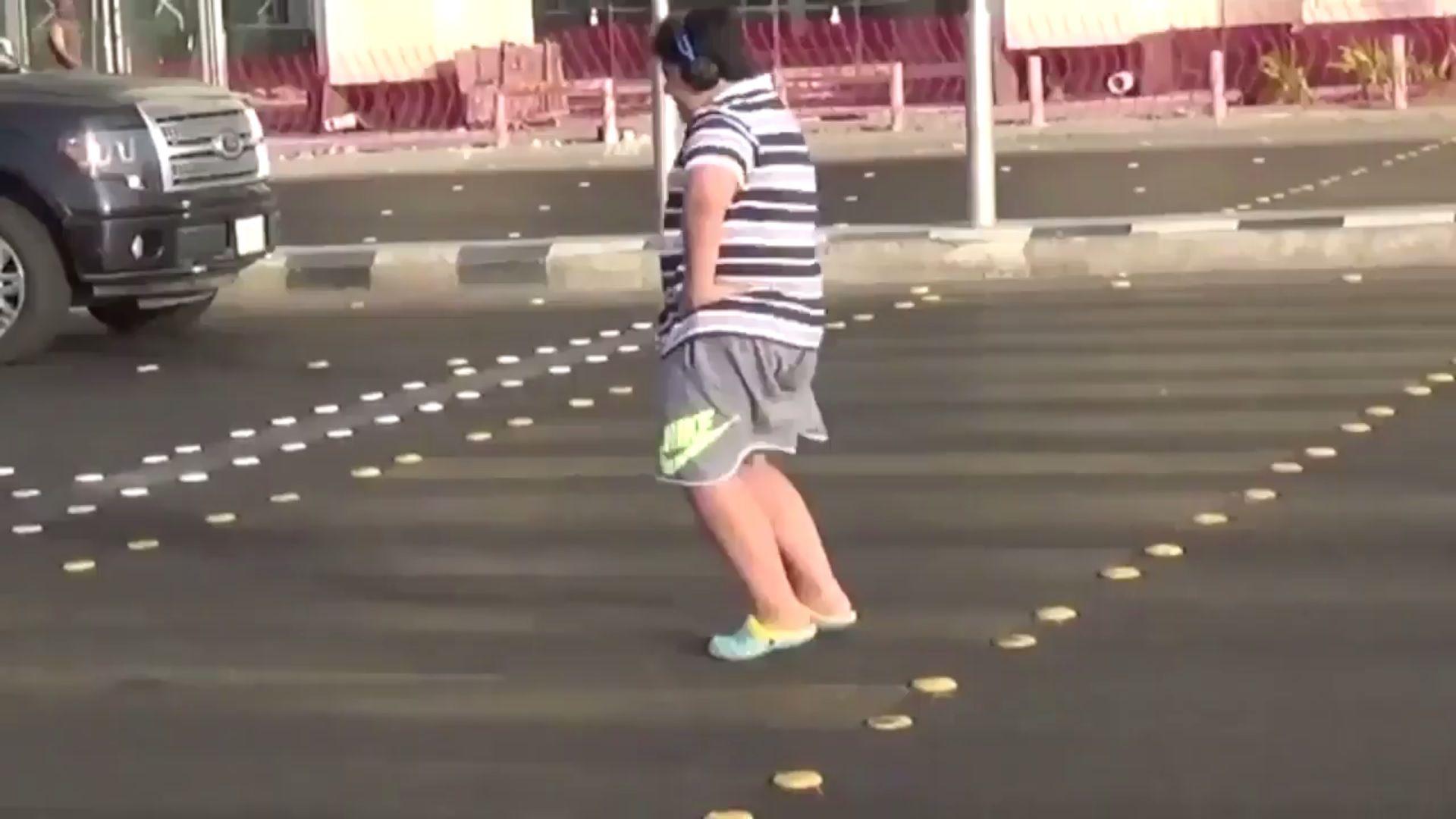 Jeddah dancing boy