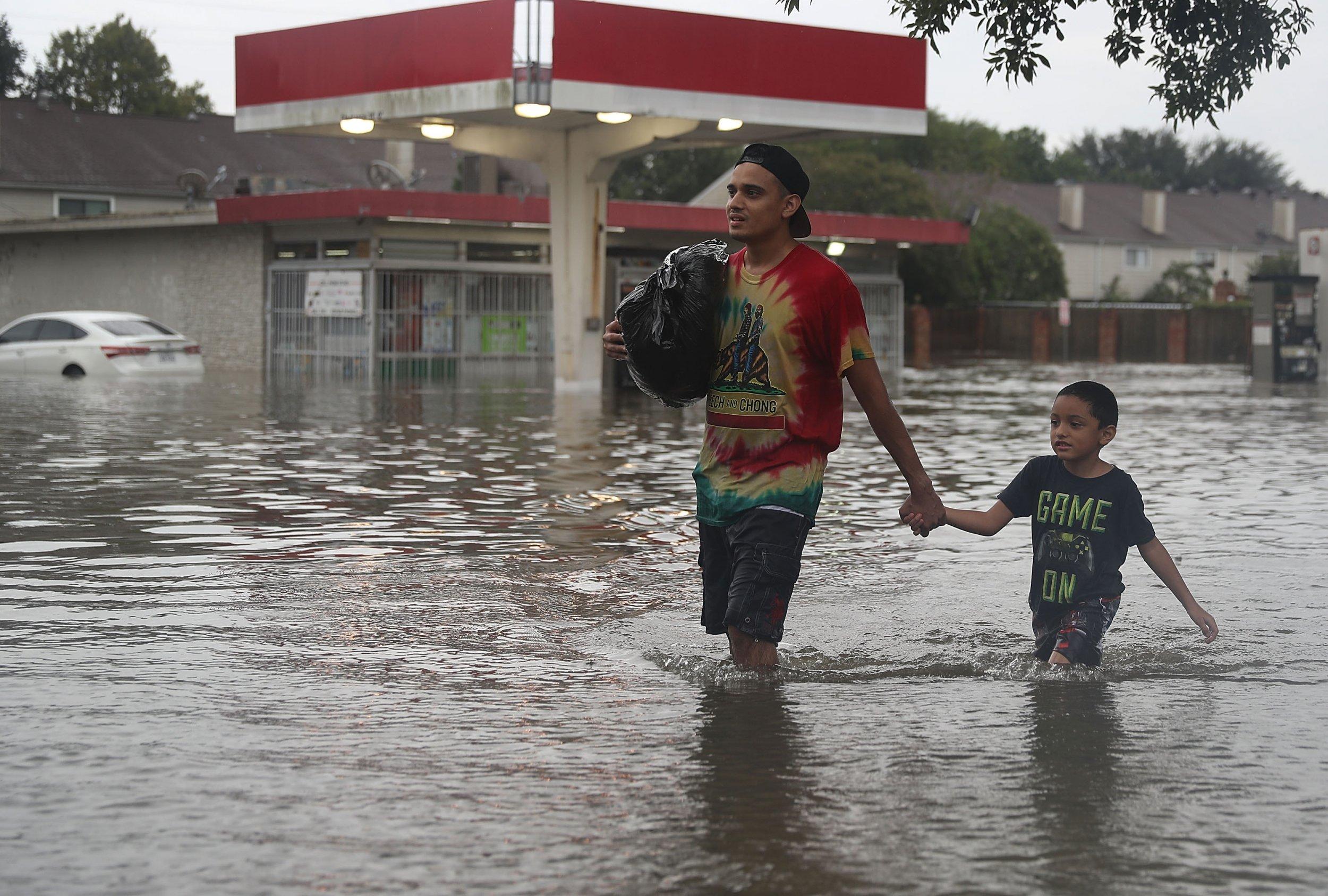 08_28_Trump_flood_protections
