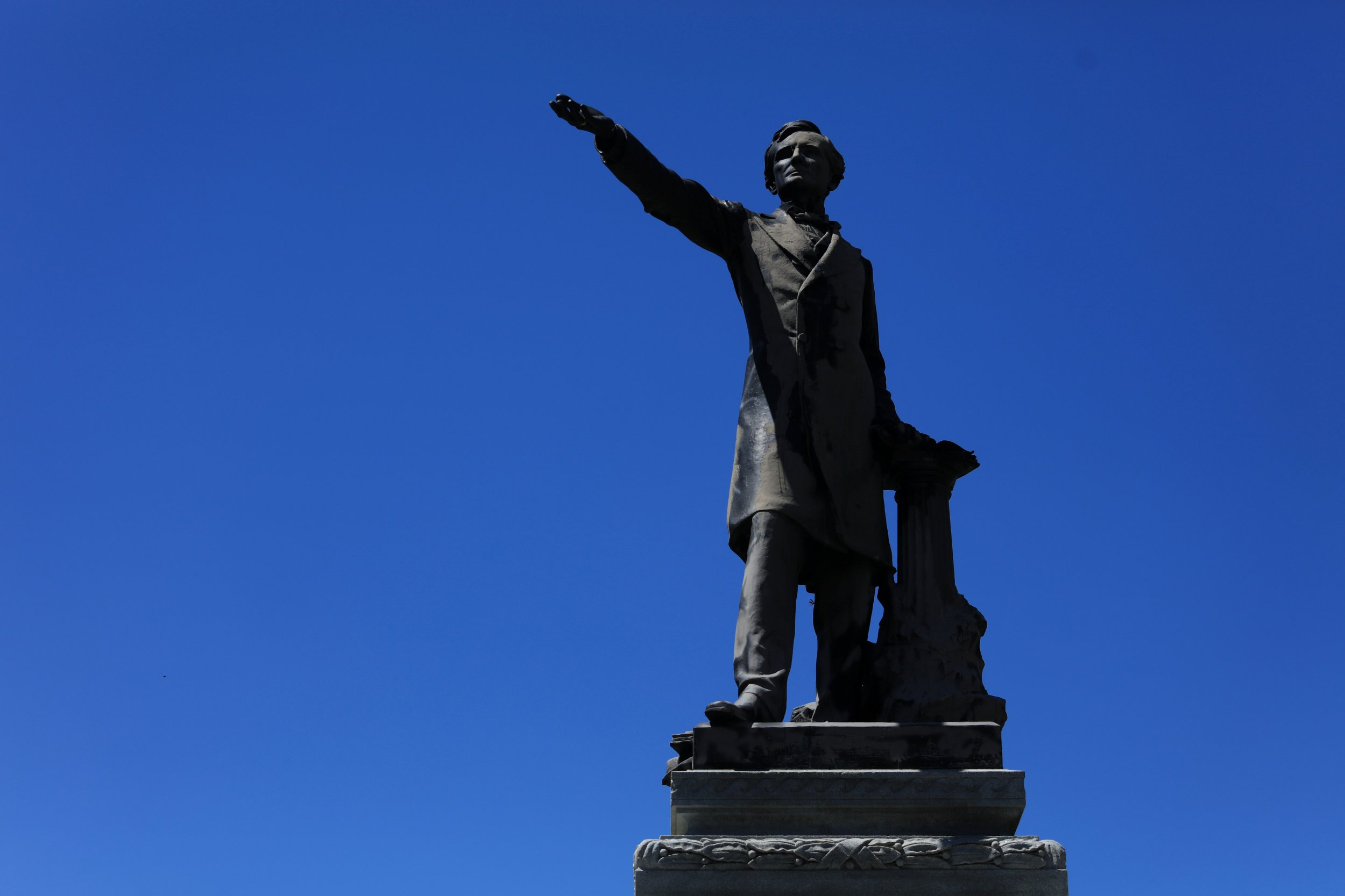 Jefferson Davis removed from New Orleans