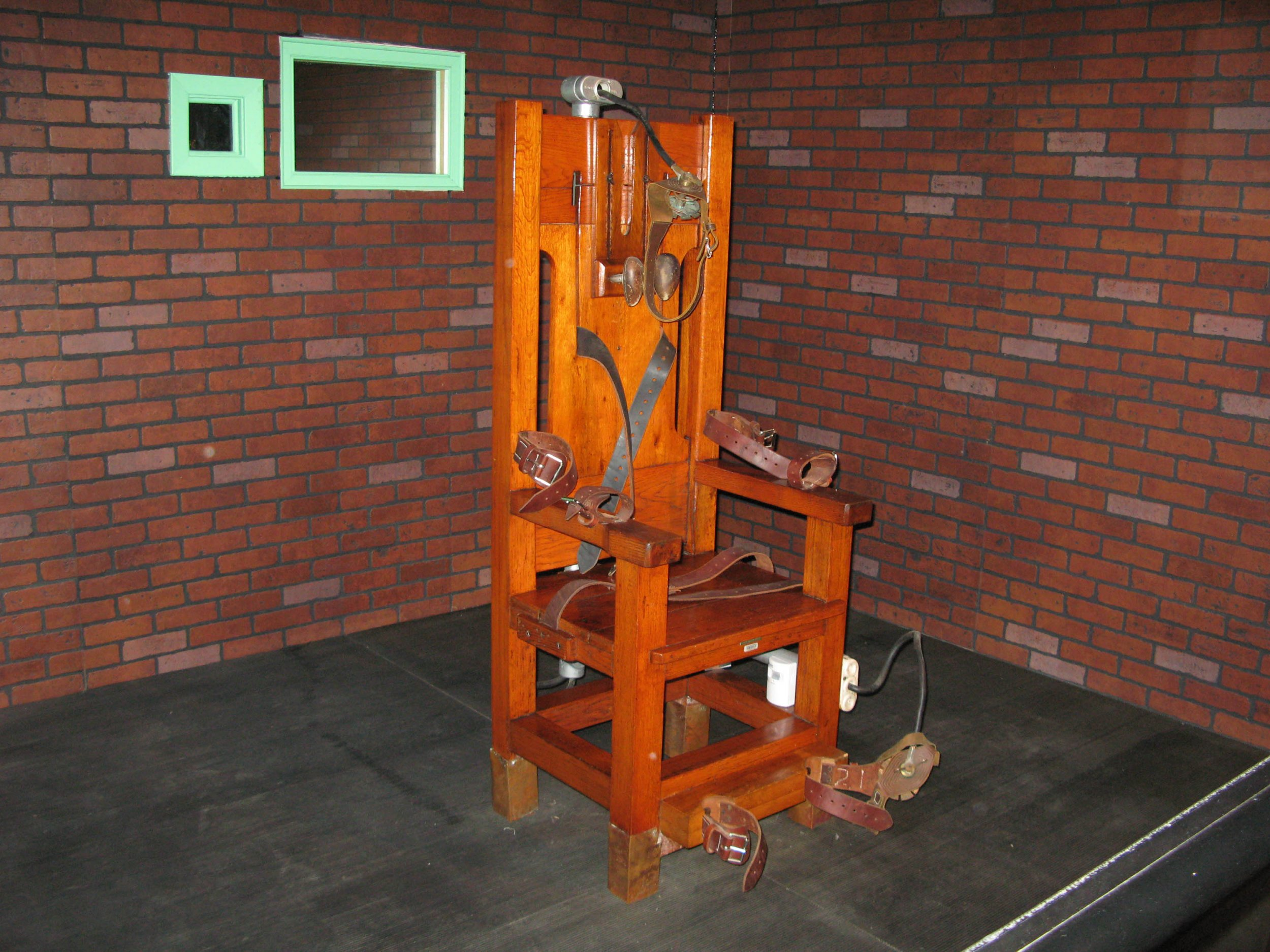 Electric chair chamber - Make The Electric Chair Great Again North Carolina Lawmaker Says Co Opting Trump S Slogan
