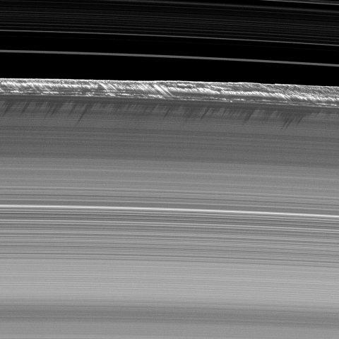 09_06_Cassini_Saturn_07