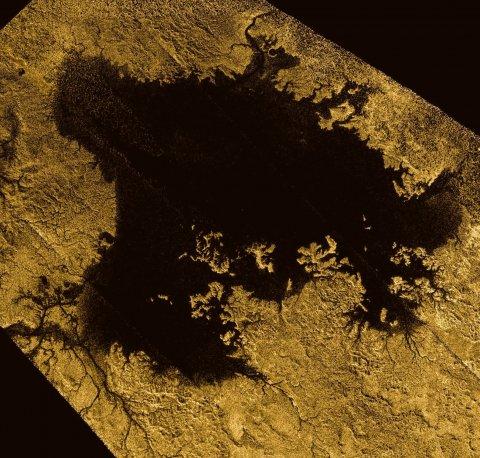 09_06_Cassini_Saturn_09