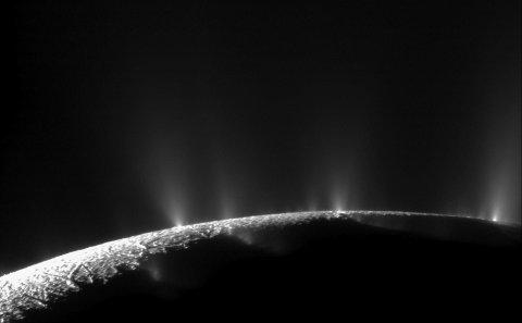 09_06_Cassini_Saturn_13