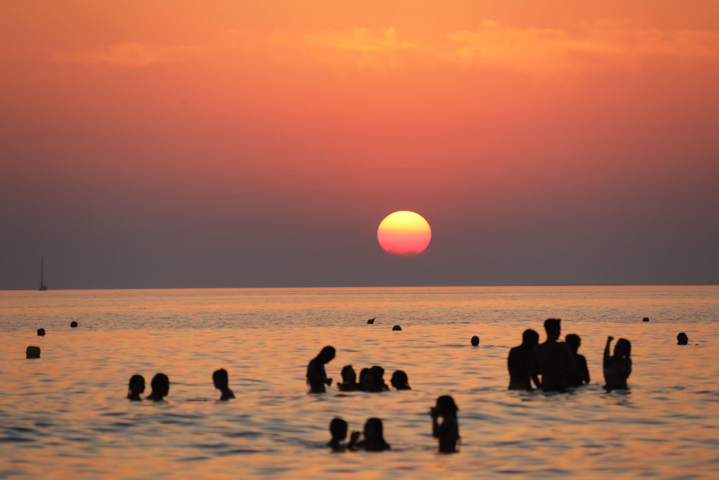 09_09_Beach sunset