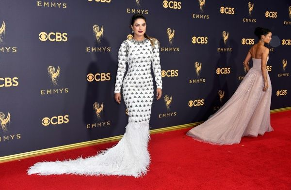 Emmy Awards 2017: Best and Worst Looks From the Red Carpet [PICS]
