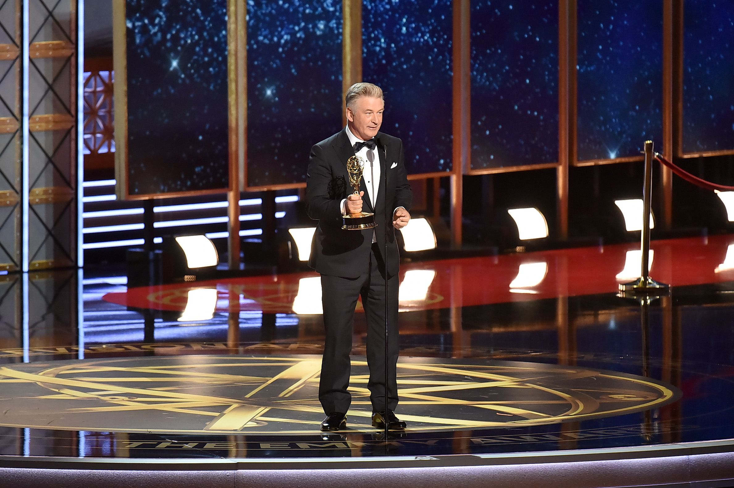 Alecd Baldwin wins Emmy, trolls Trump