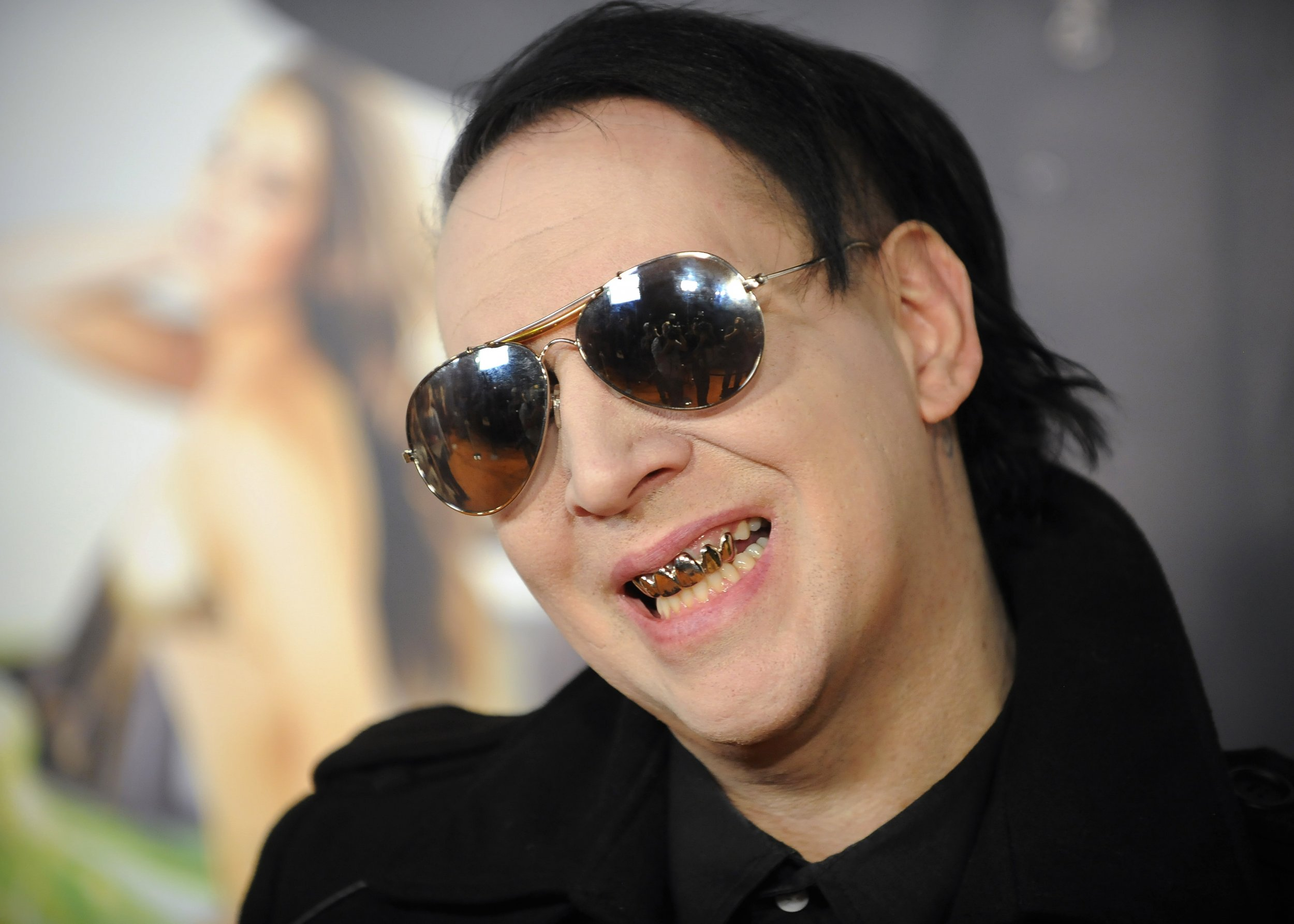 why marilyn manson is wrong to blame dismal album sales on columbine shooting. Black Bedroom Furniture Sets. Home Design Ideas