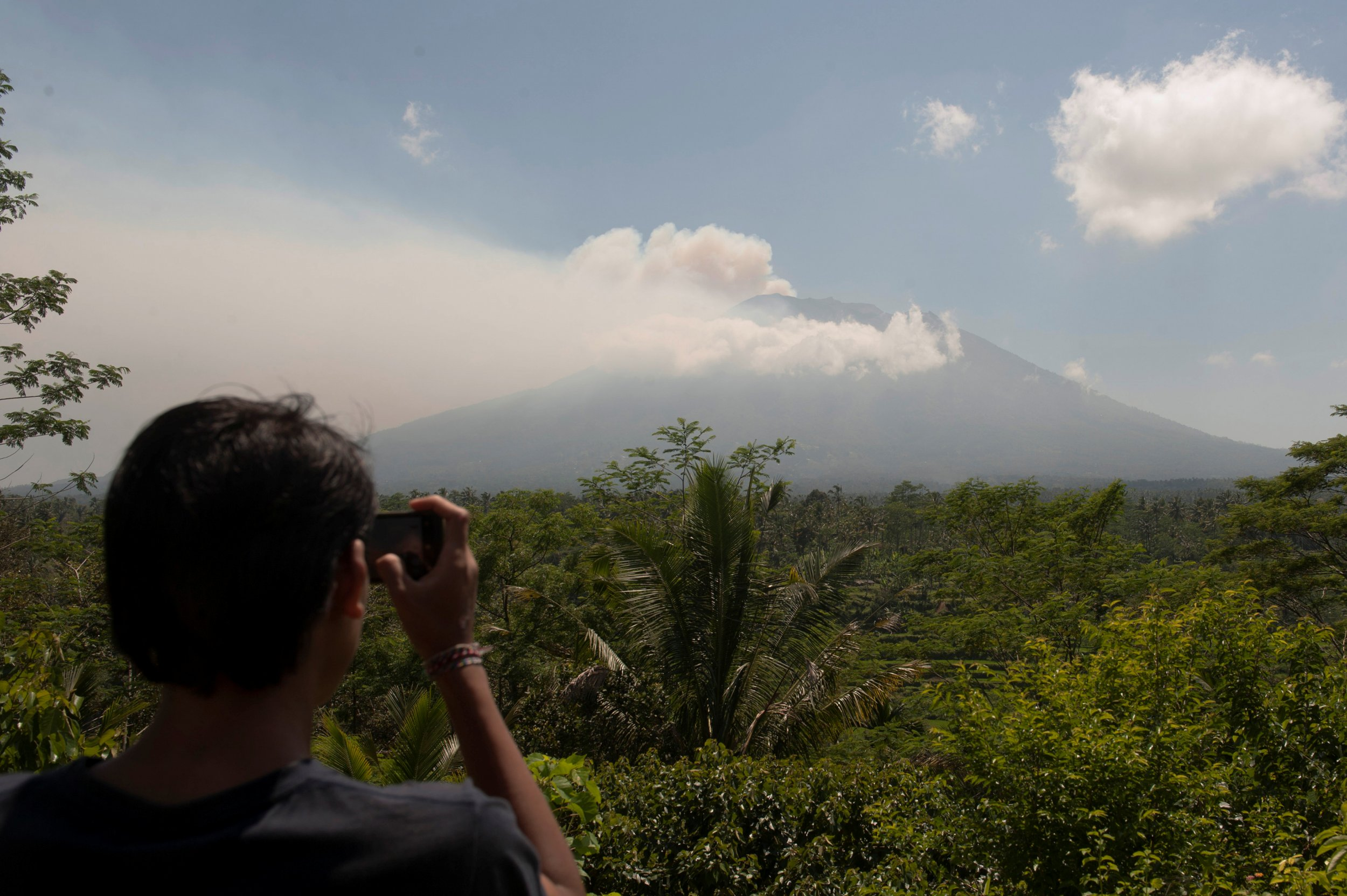 09_22_Bali_Volcano_Agung