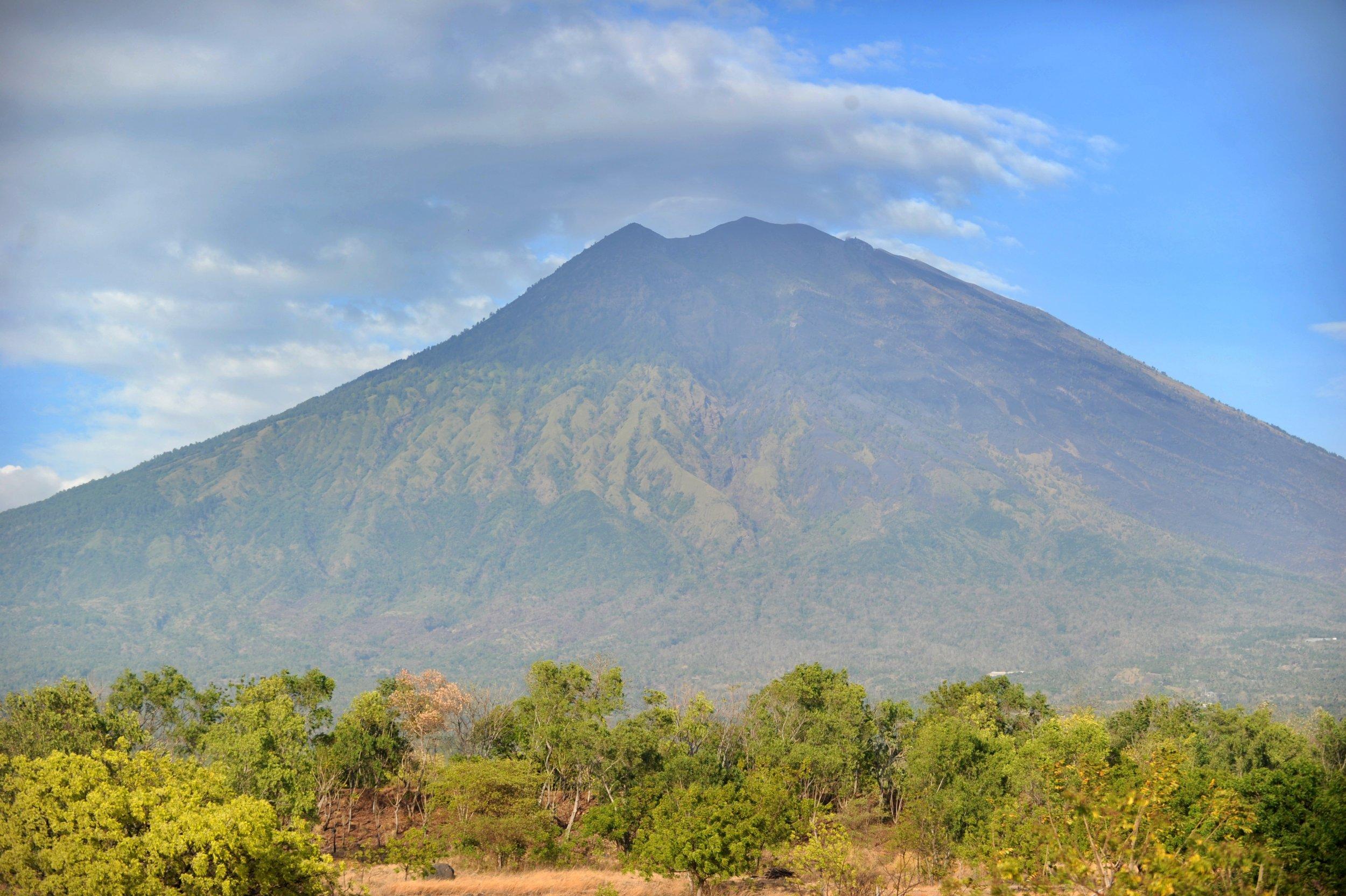 09_24_Mount Agung