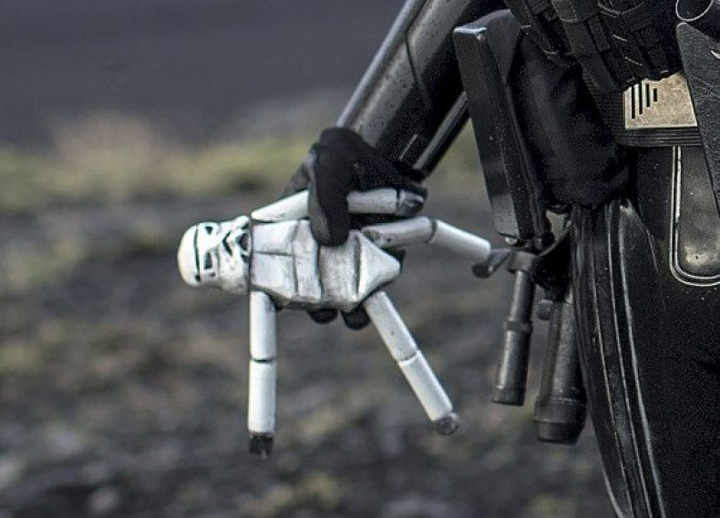 stormtrooper_doll_rogue_one_star_wars