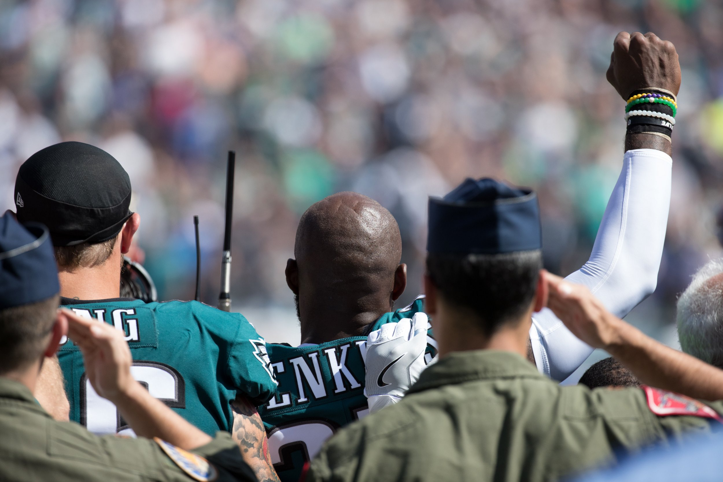 0925_Military_Veterans_NFL_Protest_Trump