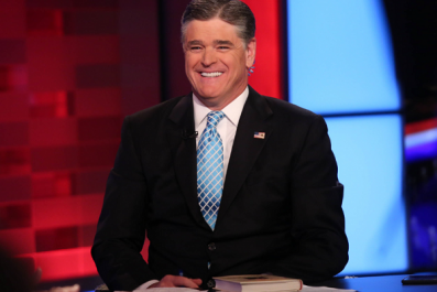 Sean Hannity uses vape pens