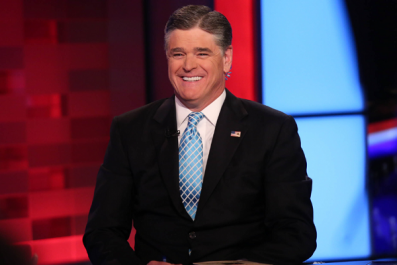 Sean Hannity uses vape pens