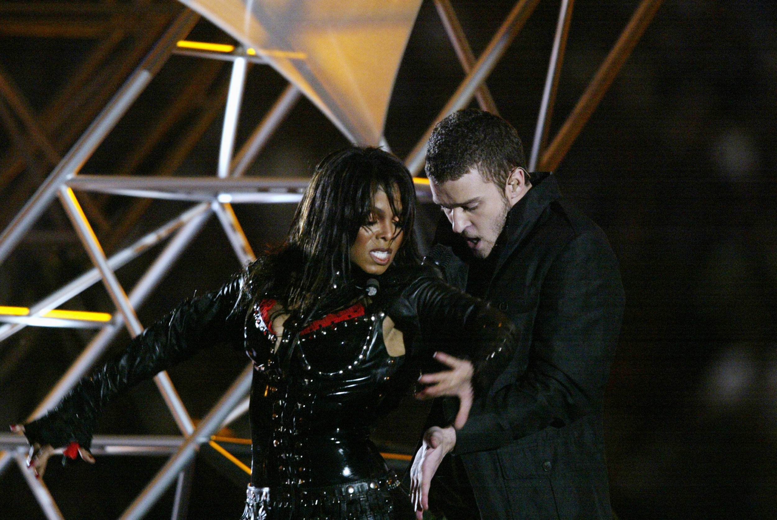 What Has Justin Timberlake Said About the 'Nipplegate ...
