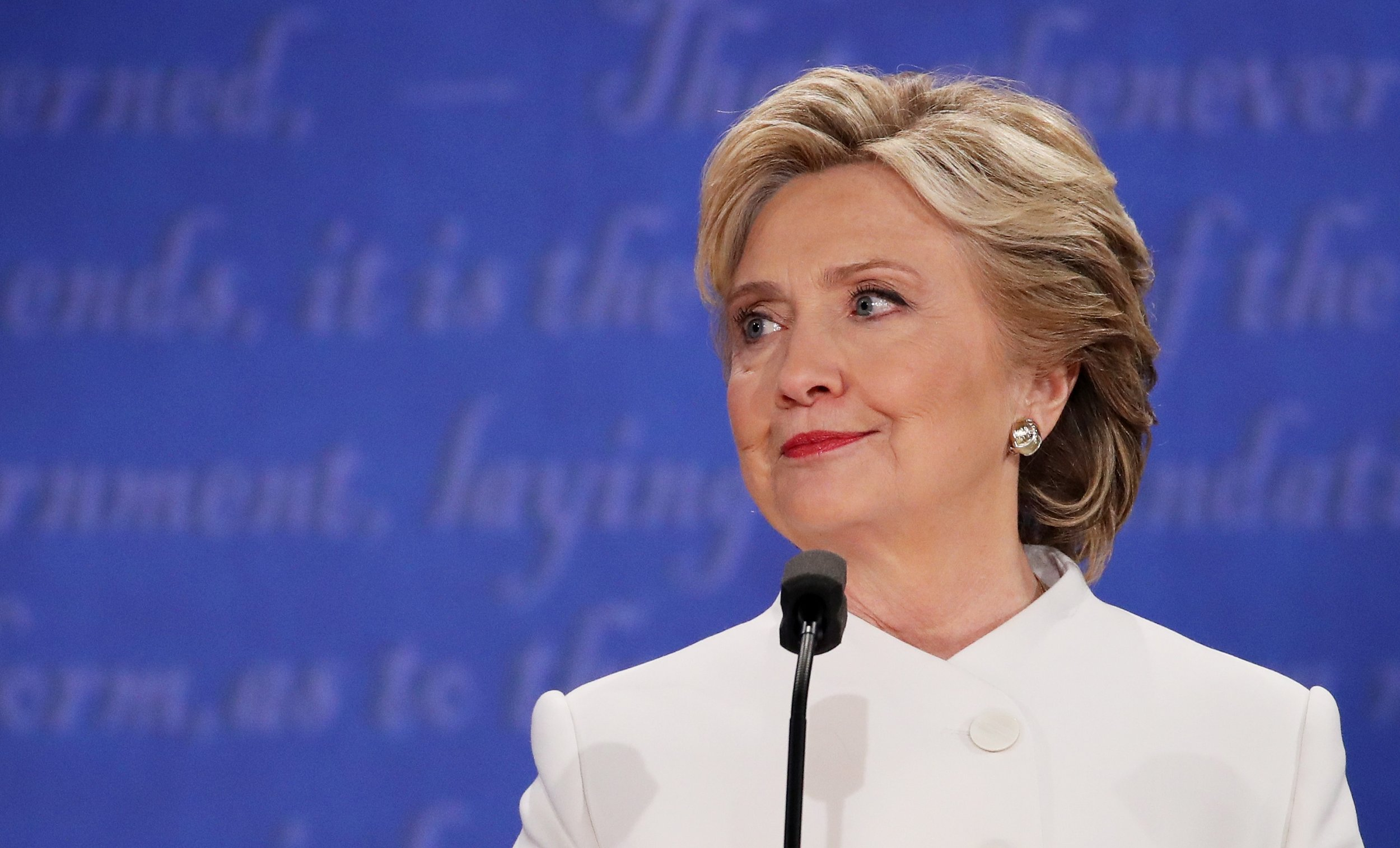 Hillary Clintons Campaign Hair And Makeup Took 600 Hours Because