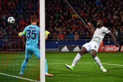 Manchester United striker Romelu Lukaku, right.