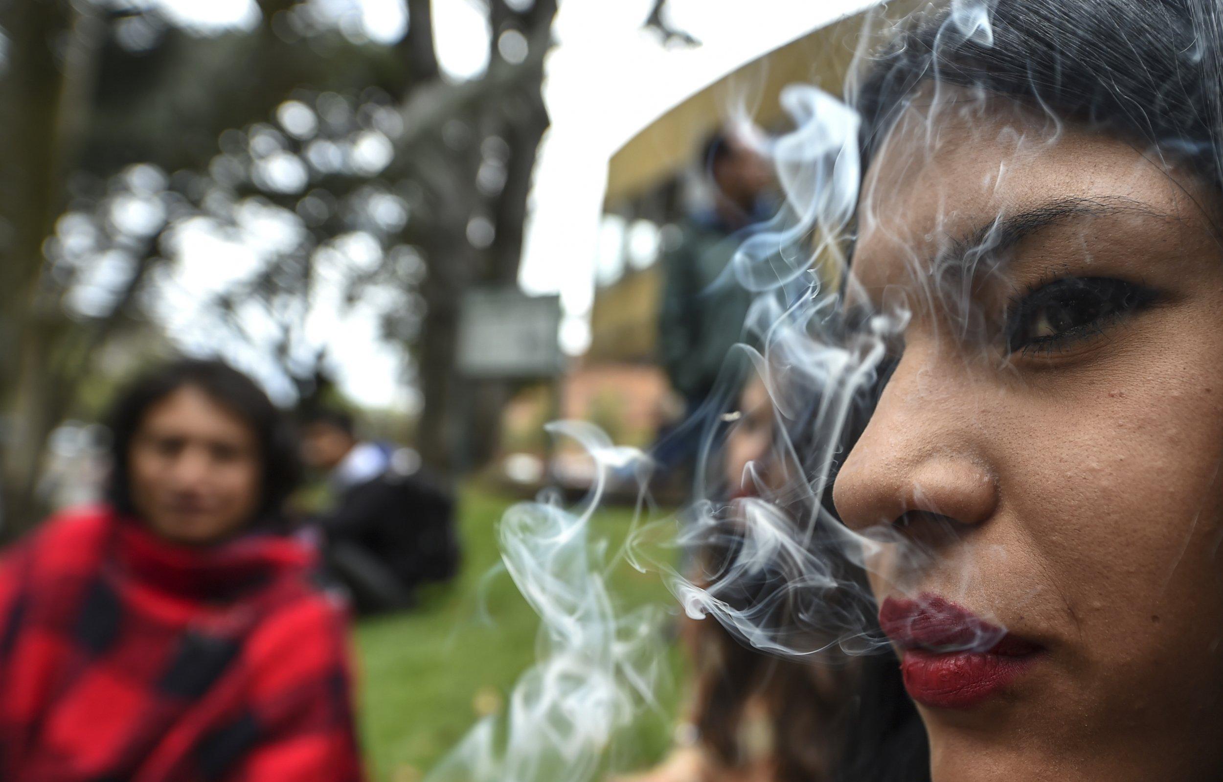 09_29_Mcdonalds_Tacobell_weedlegalization_marijuana