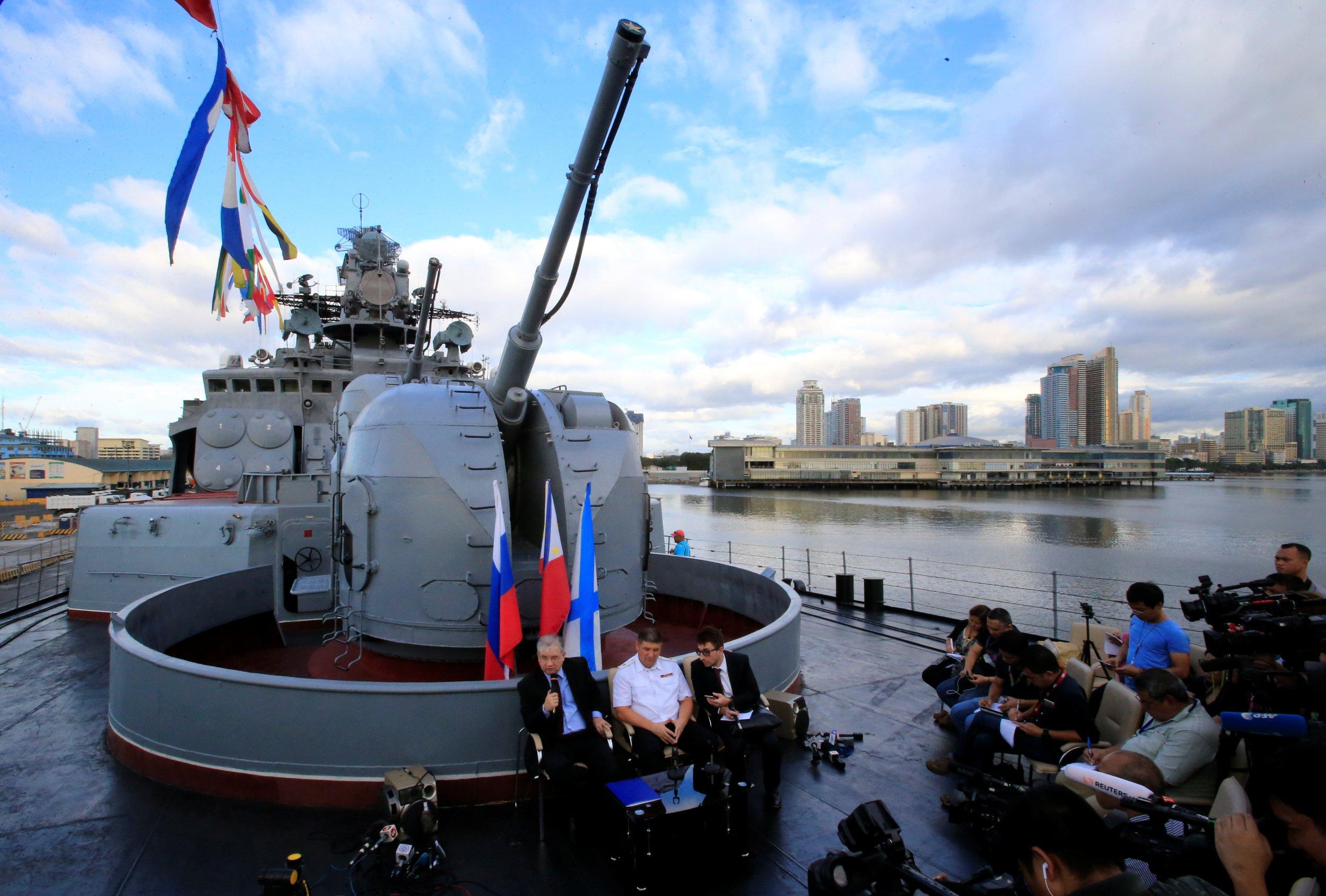 10_02_Russian_ships