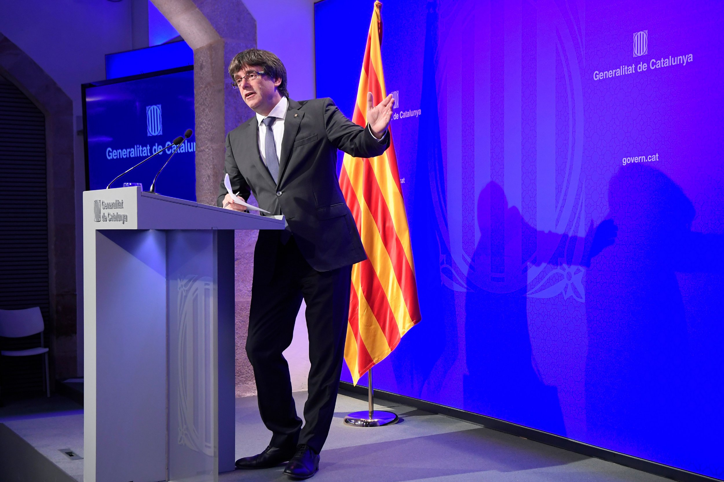 10_02_Carles_Puigdemont_Catalonia