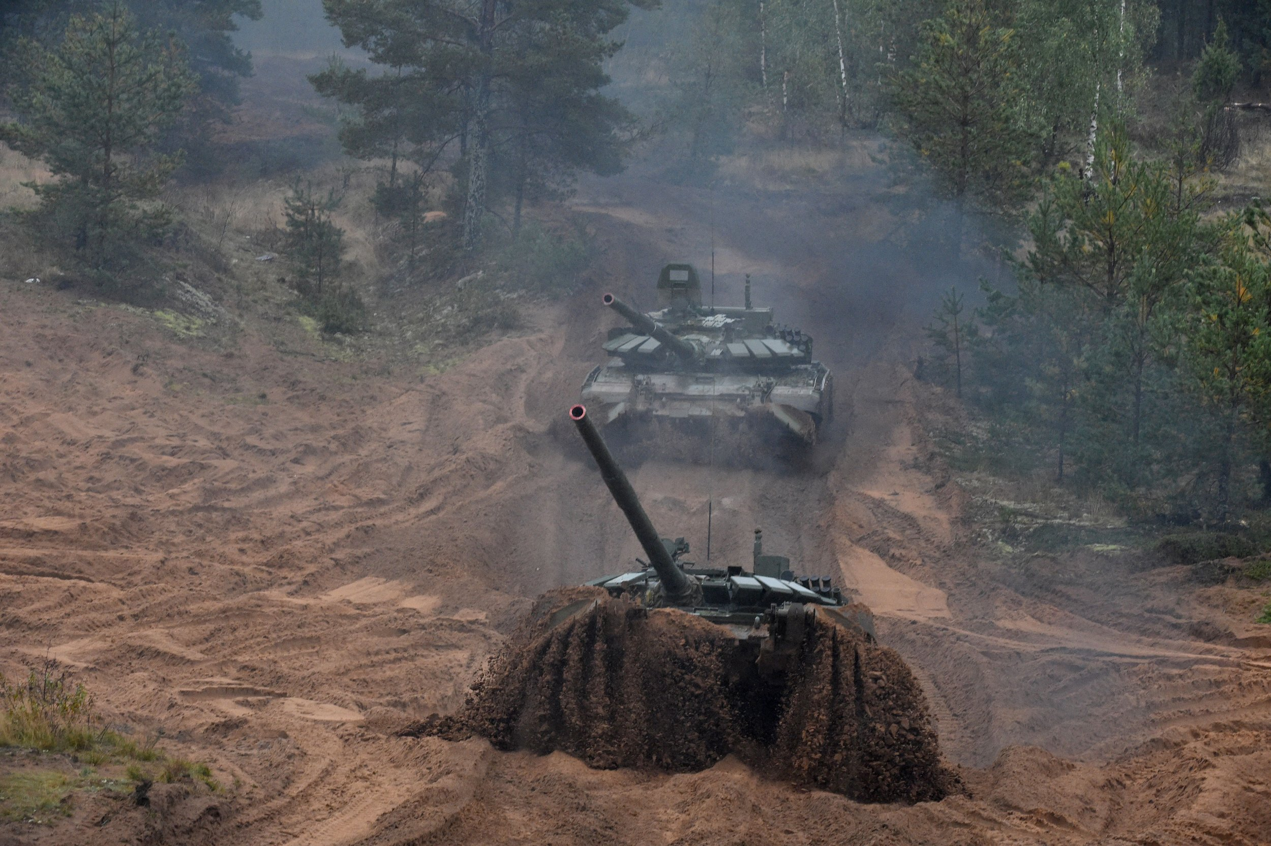 10_03_Russian_tanks