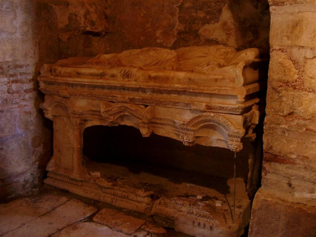 Ancient Tomb Of Santa Claus Discovered Beneath Turkish Church
