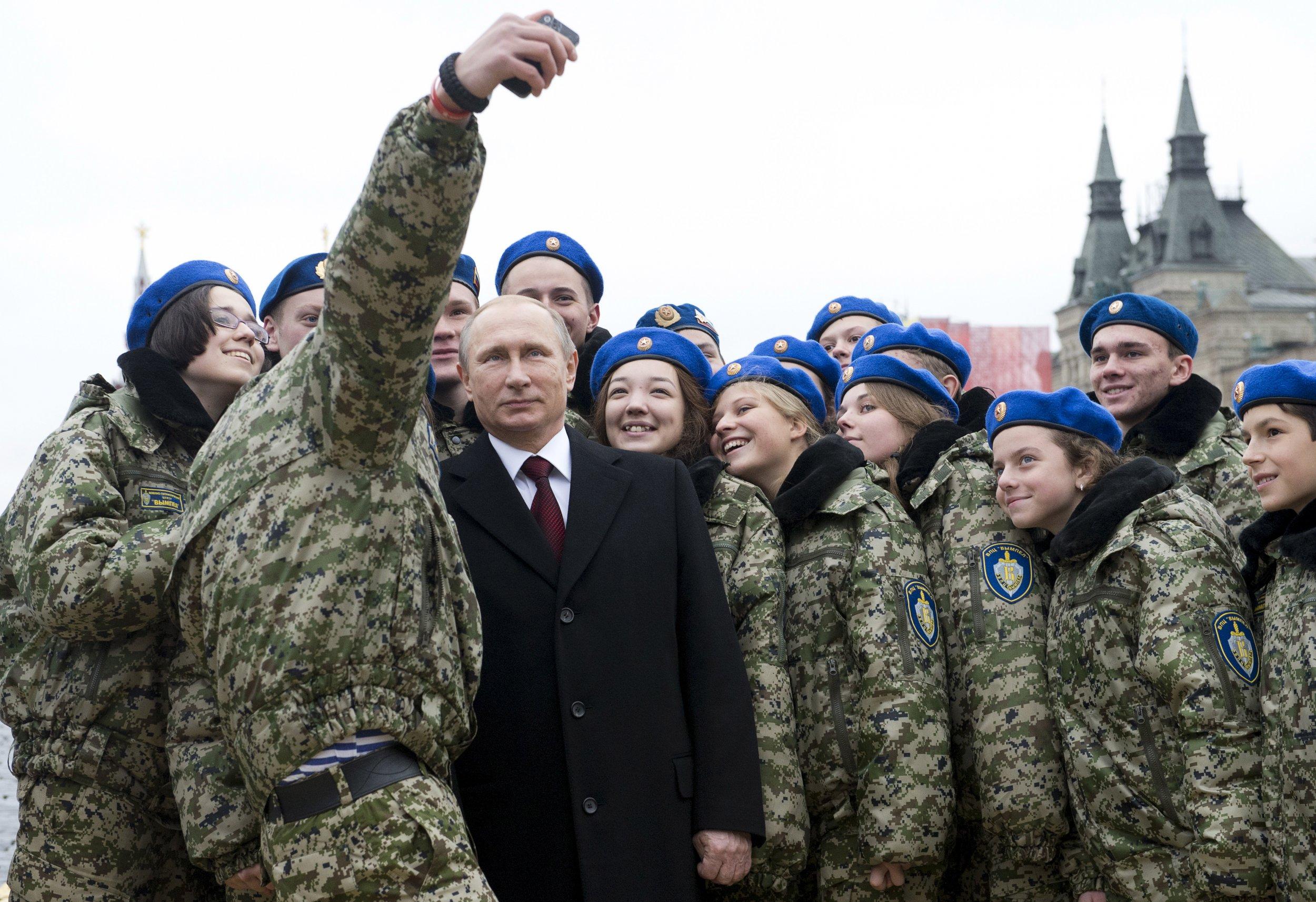 10_05_Russian_troops