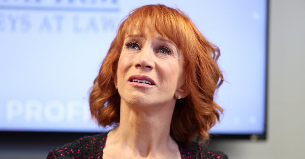 Kathy Griffin makes comedic return wearing Trump Mask