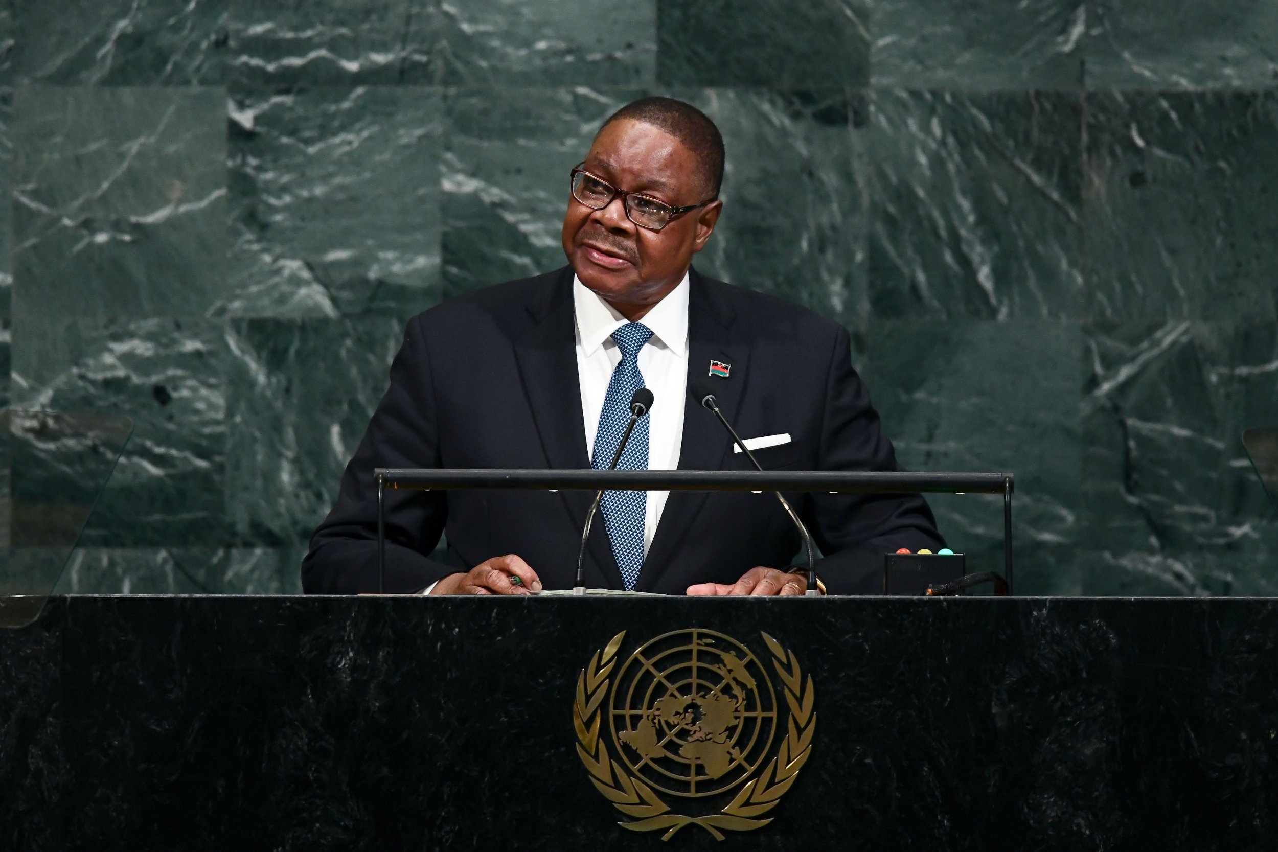 09_10_Malawi_vampires_UN
