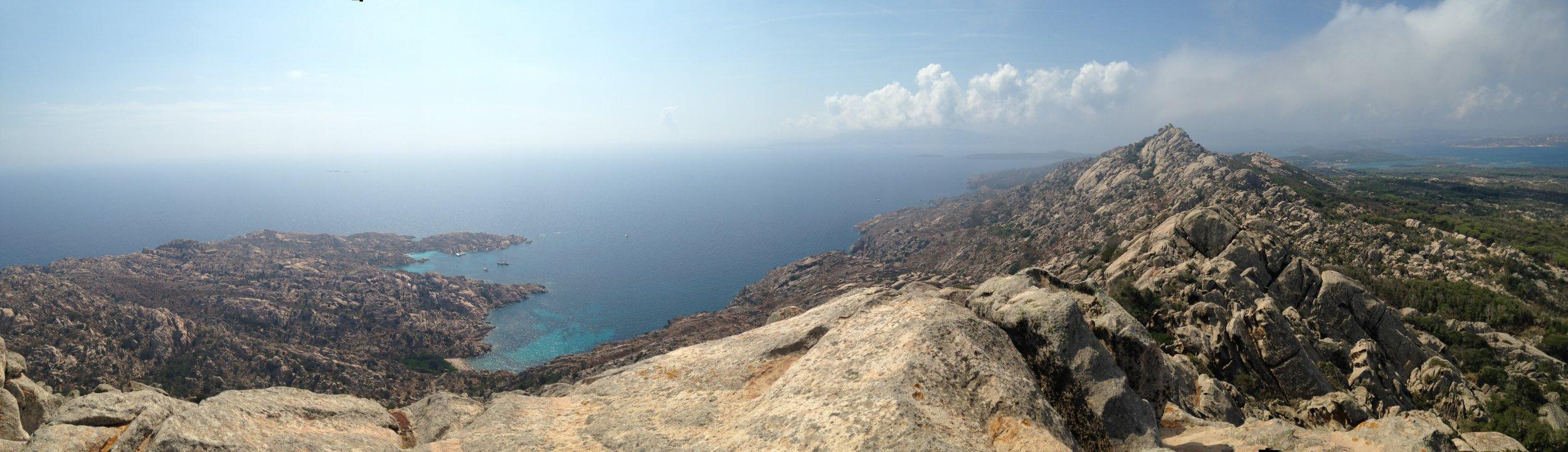 10_11_mediterranean_tsunami_coast