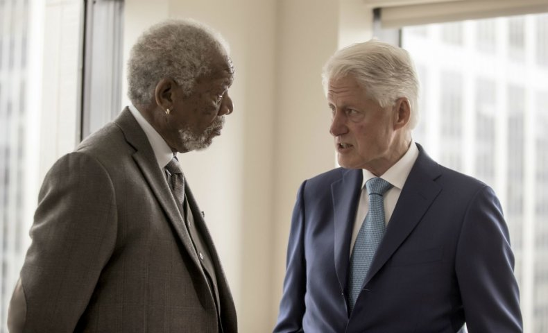 "Morgan Freeman talks to Bill Clinton in ""The Story of Us"""