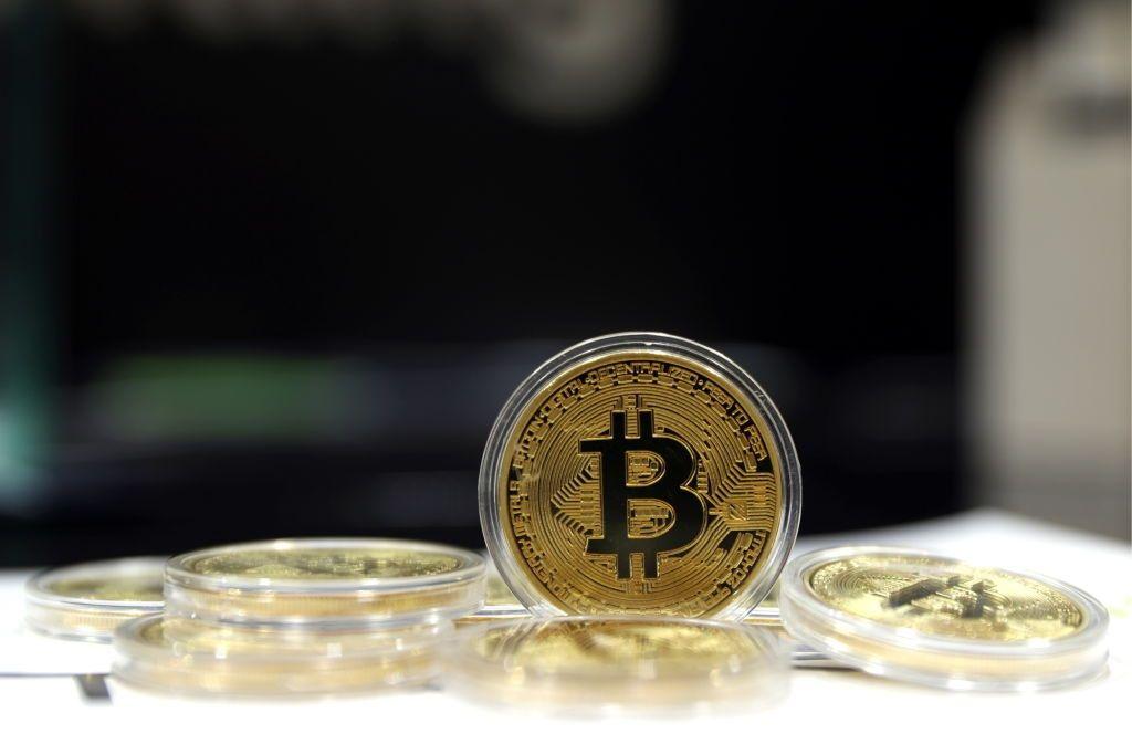 russia cryptoruble cryptocurrency bitcoin