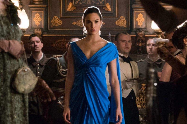 06-wonder-woman-blue-dress