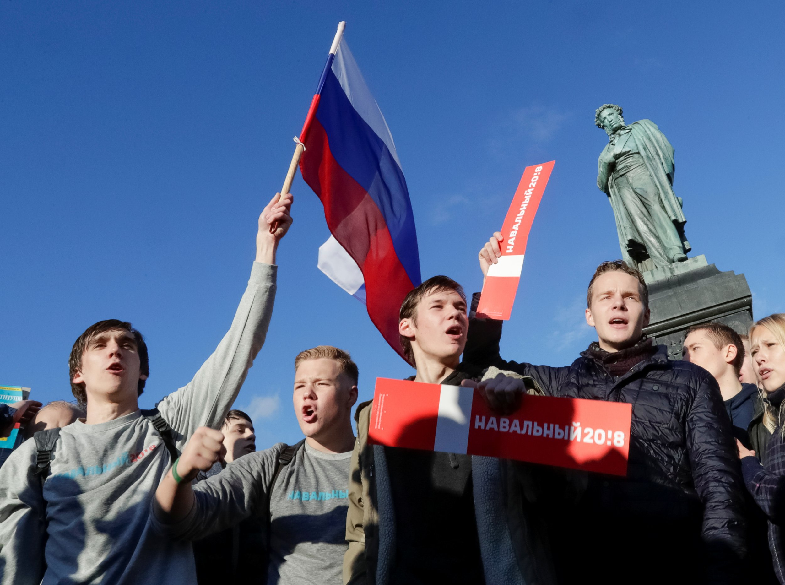 10_18_Russian_protesters